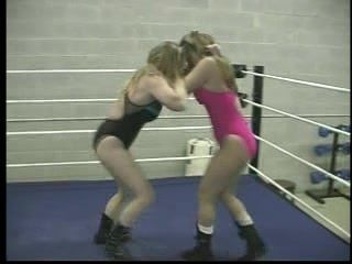 Lady Ring Wrestling (2)