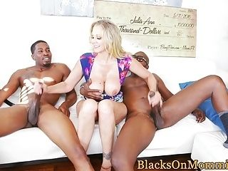 Classy Housewife Spitroasted By Black Dudes (2)