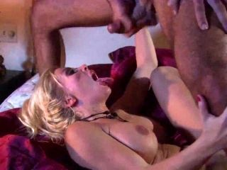 Karina Got Her Vibrant Hubby Screw Her Orgasm In A Breathtaking Bed Sex (3)