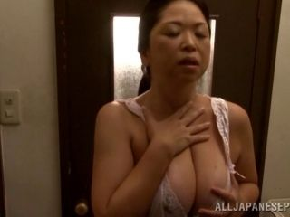 Lovely porn sweetheart Natsuko Kayama gives huge cock a hot blowjob (2)