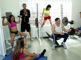 This Afternoon Crossfit Session Turns Into A Wild Orgy (2)