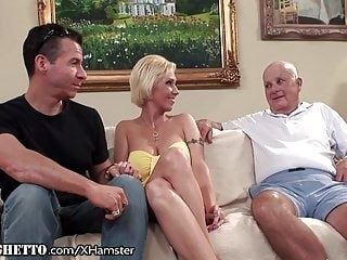 Mature Amateur Assfucked as Husband Watches (2)