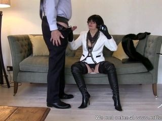 Smoking leather MILF in thigh boots sucks and fucks (2)
