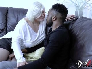 Old chubby mature granny BBW interracial hardcore sex experiment