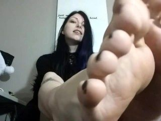 Goth Goddesses Sexy Huge Feet