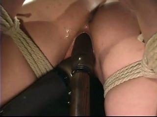 What an act of sadism this sexy chick Amber is living through