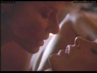 Hot Blonde Lesbians Elle Macpherson and Kate Capshaw Heating The Place Up