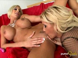 From A Superb Pussy Licking To Steamy Fingering Are What Drives These Cougars To Orgasm (2)