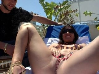 Sexy Cougar Displaying Her Big Ass Then Pounded Hardcore