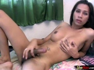 Feminine Ladyboy With Big Lips Cumshots All Over Her Belly (4)