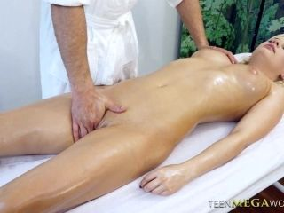 Sluttishly looking client Alberta Blance is fucked in the massage parlor