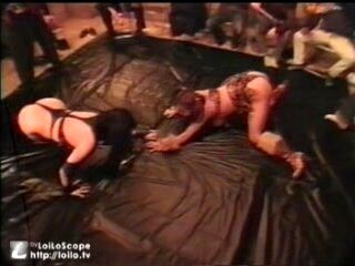 Catfight Wrestling (2)