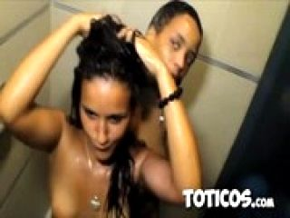 Toticos.com - Partying with Dominican prostitutes in Sosua