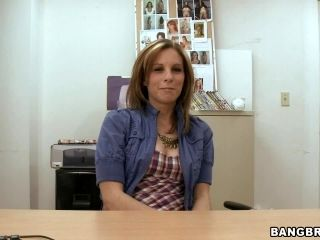 Gorgeous MILF Sucks and Gets Fucked in Casting Interview
