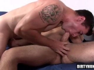 Muscle Son Flip Flop With Cumshot (13)