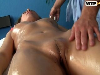 Nude Hot Oil Covered Girlie Gets Her Wet Cunt Rubbed In Massage Parlor