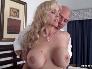 Hot sex with the busty cock thirsty blonde Julia Ann