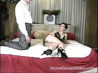 Getting Her Pussy Pounded And Mouth Stuffed By An Older Dude (2)