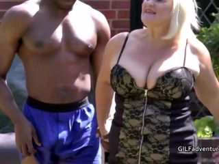 GILF Lacey Starr has sex with a powerful black outdoors (2)