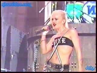 Gwen Stefani Looking Hot In No Doubt Gig