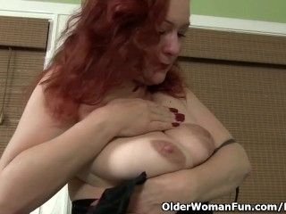 Redhead milf Jessica O'Hare puts her sex toys to work (2)