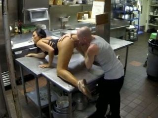 Kinky Couple Has Steamy Oral Sex At Kitchen In Fast Food Cafe (2)
