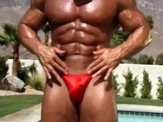 Muscle Daddy Rusty Oiling