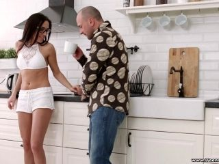 Carry Cherry Cannot Resist A Handsome Fellow's Big Dick
