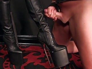 Femdomlady Boots Licker And Cumshot