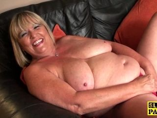 Curvy Blonde Granny Wants To Finger Her Fine Cunt