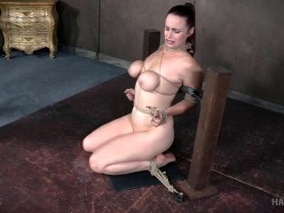 Bondage Session With A Chick Who Wants To Be Treated To Some Pain