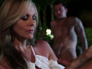 Juggy milf with tan lines Julia Ann tries to satisfy several dudes in the jacuzzi