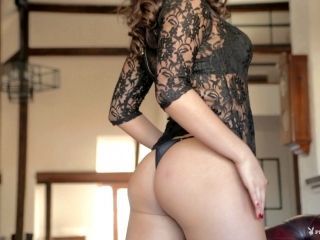 Black Lace Has Never Looked Better Than On This Babe