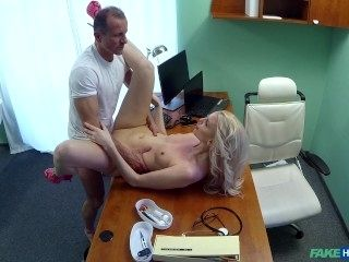Doctor Treats His Beautiful Patient With His Sement In Her Pussy