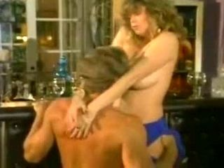 Porn stars Tracey Adams, Randy West in exclusive 70s porn video (2)