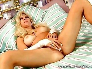 Horny Blonde Housewife With Dildo (4)