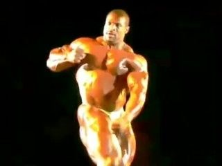 Sexy Muscle Daddy Ronnie Hot Pose