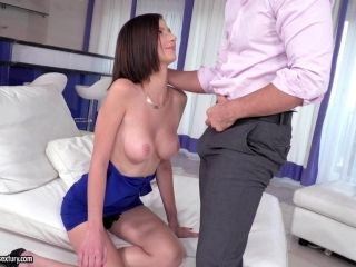 Nice Ass Cowgirl Shaved Pussy Screwed Hardcore While Moaning