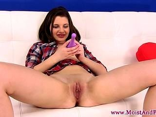 Juicy Cherry Brunettes Analbeads Action (9)