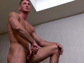 ActiveDuty Str8 Army Hunk Craig Plays with His Cock (2)