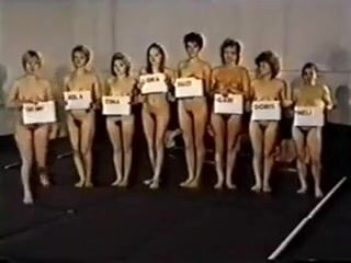 Retro Moms Naked Catfight Competition (2)