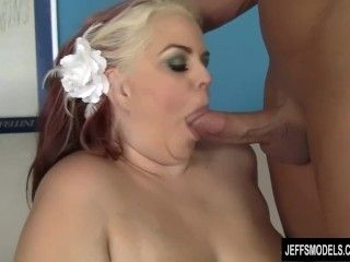 Sexy BBW Buxom Bella fucked and cum in mouth (7)