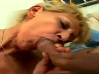 Blonde Granny Hairy Pussy (2)