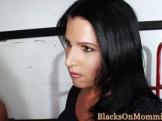 Bigtit Milf Interracial Pounded In Truck (2)