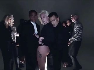 Lady Gaga - I Want Your Love (montre cul SLOW MOTION)