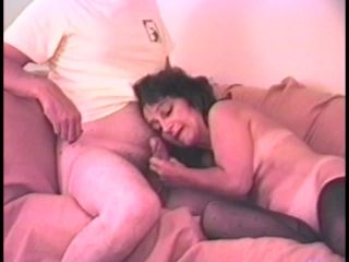 Old School Mature Amateur Hardcore Fucking In A Home Sex Tape (2)