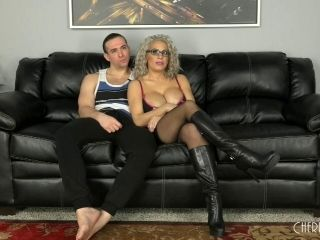 Thickest Blonde In The City Letting The Guy Nail Her On The Couch