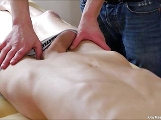 Gay Massage Blowjob 69 (3)