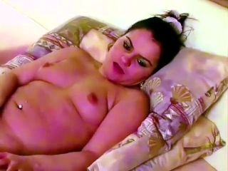 LONESOME AND HORNY RALUCA (2)