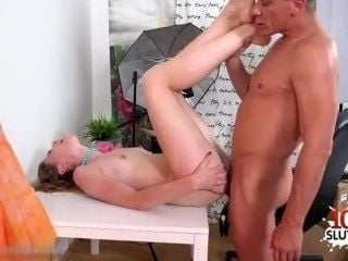 Hot Teen Casting And Cumshot (9)